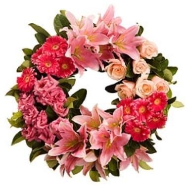 Corona con flores rosadas - Coronas de flore ...